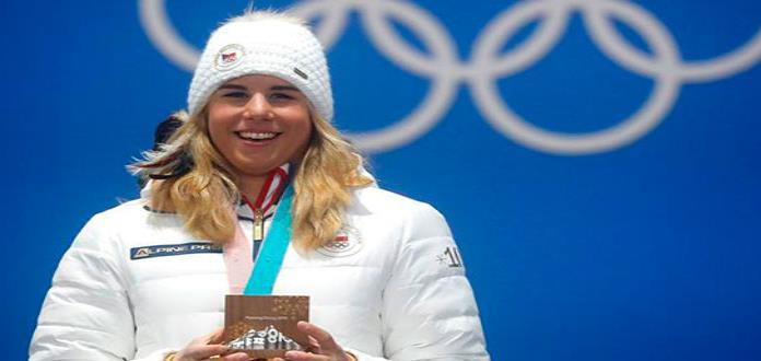 La checa Ester Ledecka hace historia y gana oro en dos deportes distintos en PyeongChang