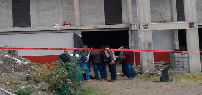 Asesinan a dos hombres en edificio en construcción