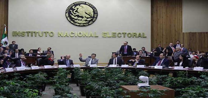 Ordena INE a PRI cancelar desplegado contra Anaya