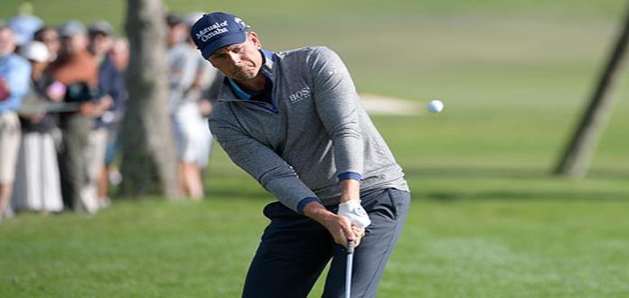 Tiger Woods acorta déficit en Bay Hill