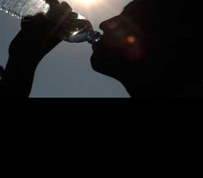 Hidratarse, acción necesaria para evitar golpe de calor