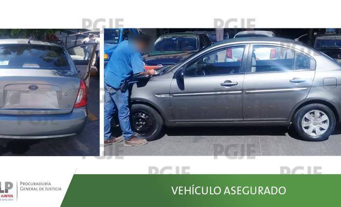 Aseguran vehículo usado en varios robos domiciliarios