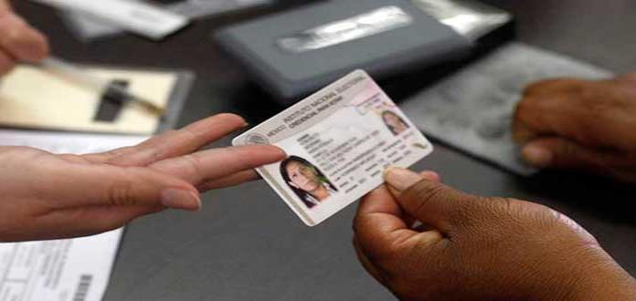 Consulado en Chicago invita a paisanos a registrar credencial para votar