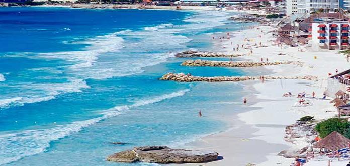 Cancún pide a springbreakers no beber en la vía pública
