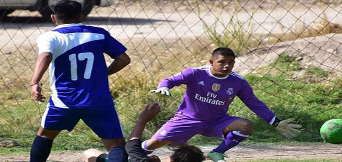 Colombia Crown llenó de cuero al Apostólica Soccer