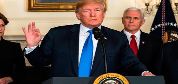 Trump dice estar dispuesto a testificar ante el fiscal que investiga interferencia rusa