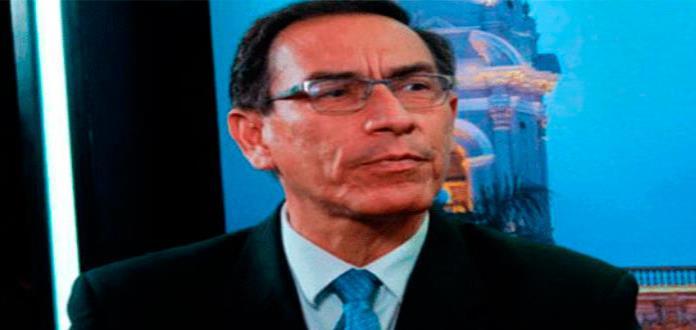 Vizcarra aceptará asumir la presidencia de Perú