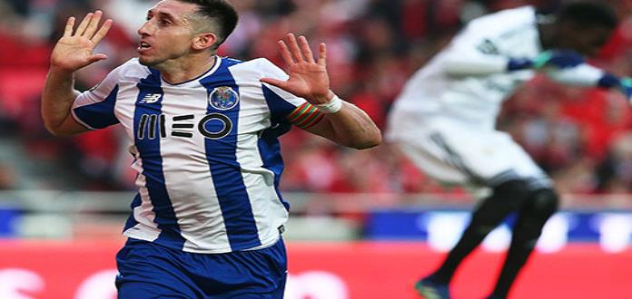 H. Herrera da triunfo al Porto ante el Benfica