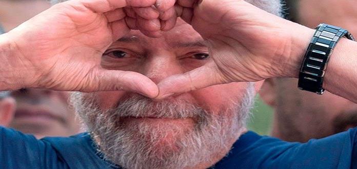 Manifestantes toman propiedad que llevó a Lula a prisión