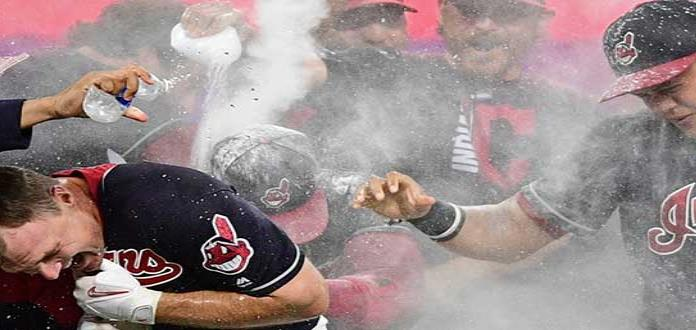 Indios de Cleveland donan 37 mil dólares para ayudas a Puerto Rico