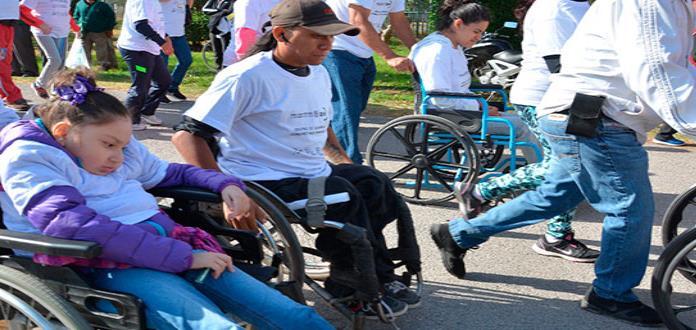 Con gran éxito realizan la carrera por discapacidad