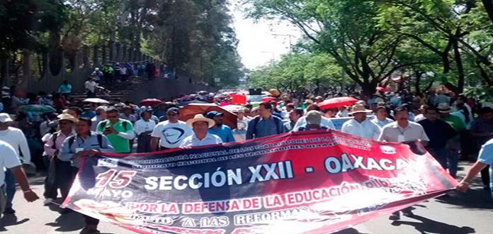 Maestros de Oaxaca acuerdan iniciar paro indefinido de labores
