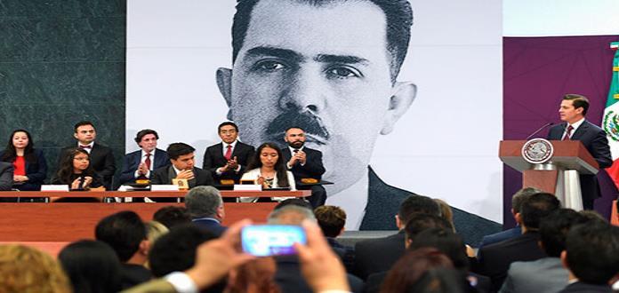 Peña Nieto defiende los nuevos avances del país