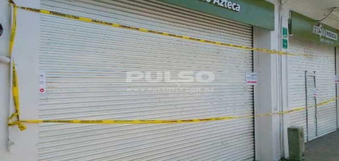 Clausuran casa de empeño de Banco Azteca donde se hallaron joyas robadas