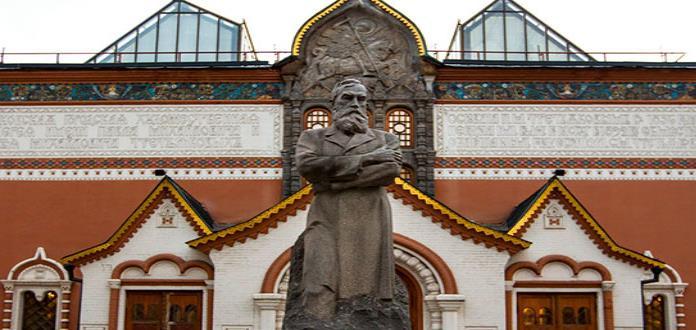 Hombre ataca obra Iván el Terrible y su hijo en Galería Tretiakov de Moscú