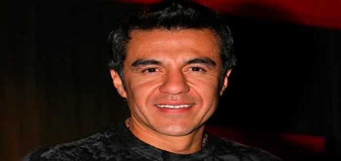 Adrián Uribe desea éxito a Albertano en Rusia