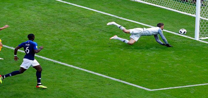 Pogba pierde el crédito del gol que dio victoria a Francia
