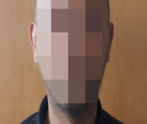 Arrestan a hombre que robó a usuario de Facebook un vehículo en venta