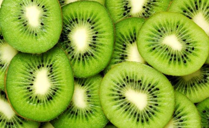 Kiwi, la fruta del deportista que ayuda a reponer energía