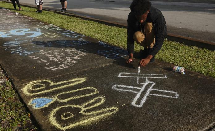 Funeral de rapero XXXTentacion será en un estadio de Florida