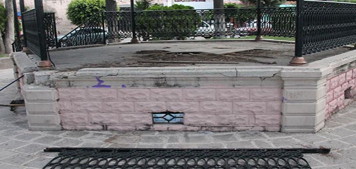 Kiosco del jardín de Santiago, está en el abandono