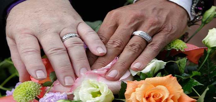 Rumania aprueba derechos de residencia para pareja gay