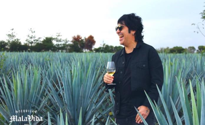 Vengo a sumar en el sector del tequila: Álex de Maná