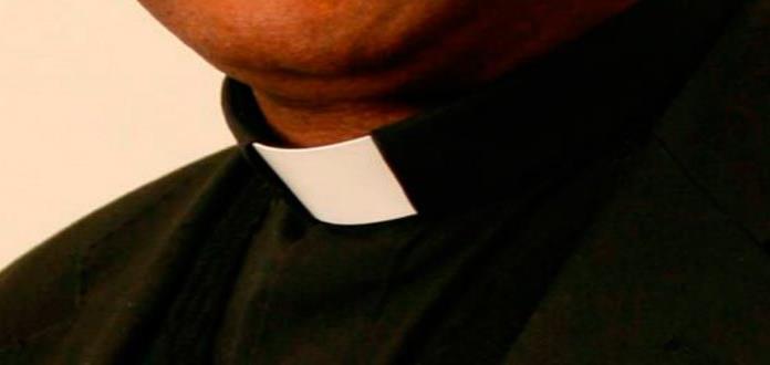 Obispo chileno rechaza entregar a Fiscalía informe de abusos sexuales en la iglesia
