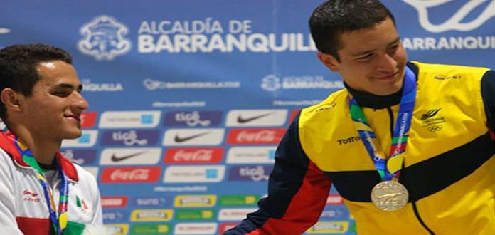 Debut plateado para nadador mexicano Héctor Ruvalcaba en JCC 2018