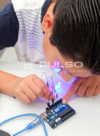 """Crean Juguetes Niños Sus Propios En """"fablat Kids"""" 4Aj35RLqcS"""