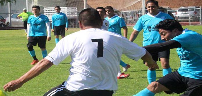 Deportivo Arquitos gana a Mariscos Santuario, 2-1
