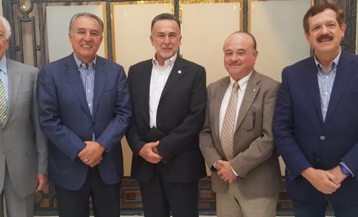 Marcelo de los Santos se reúne con Ernesto Ruffo, aspirante a dirigir el PAN nacional