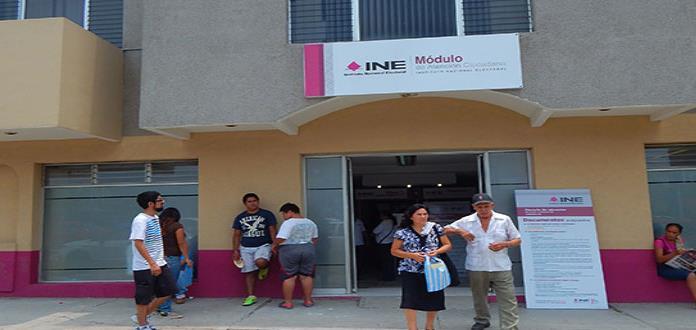 Huastecos buscan obtener  doble credencial del INE