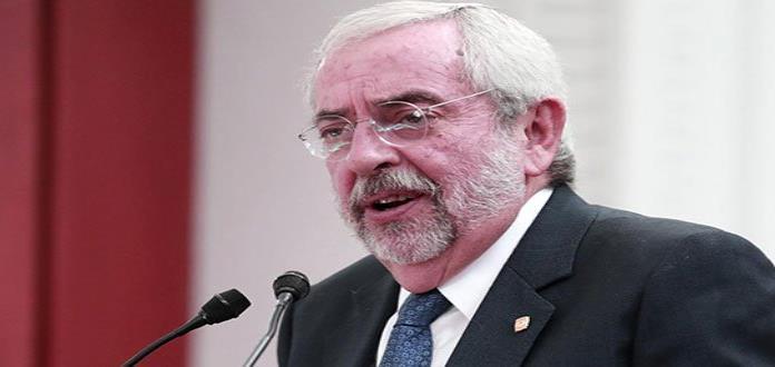 Rector de la UNAM reduce su salario; regresa dinero a la tesorería