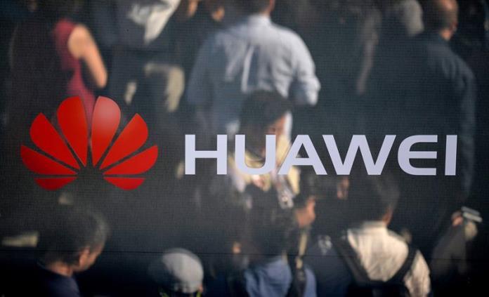 Huawei despide a detenido en Polonia y China pide esclarecer el caso
