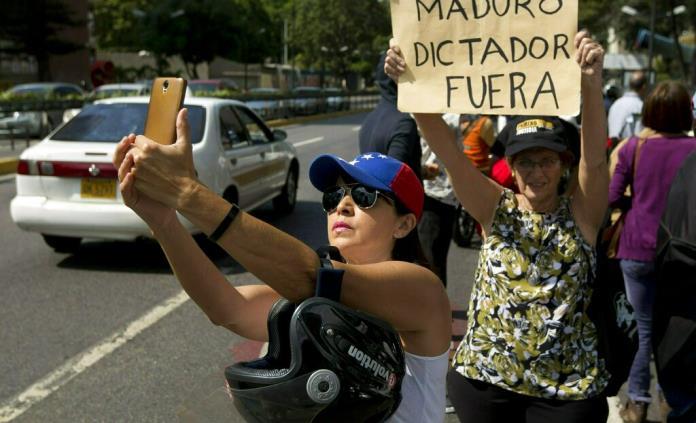 EEUU dice que es hora de formar nuevo gobierno en Venezuela