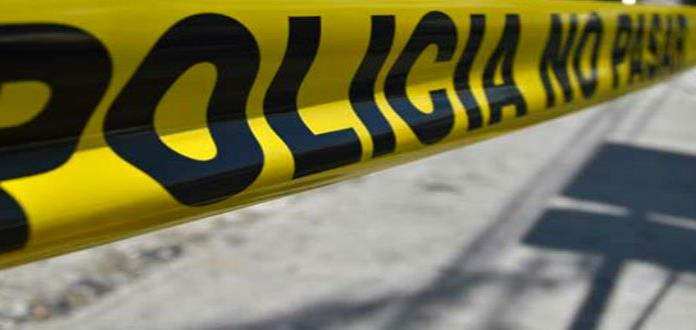 Cliente de bar le rocía gasolina y prende fuego a mujer en Oaxaca