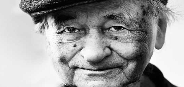 Murió el cineasta J. Mekas a los 96 años