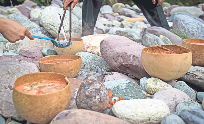 Declaran al Caldo de Piedra, Patrimonio Cultural Intangible de Oaxaca
