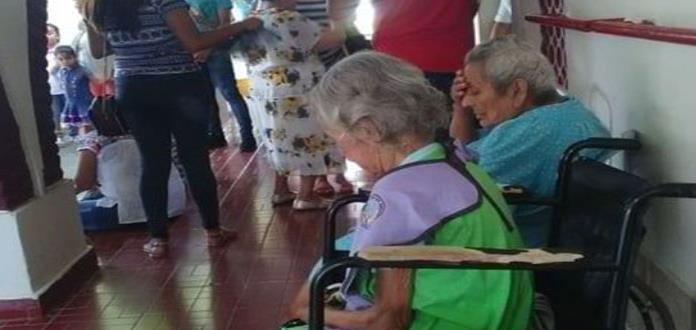 Asilo de ancianos, sin apoyo  oficial