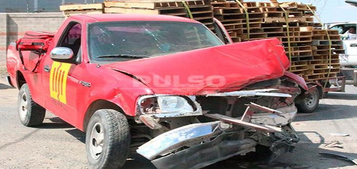 Conductor resulta herido en accidente vial