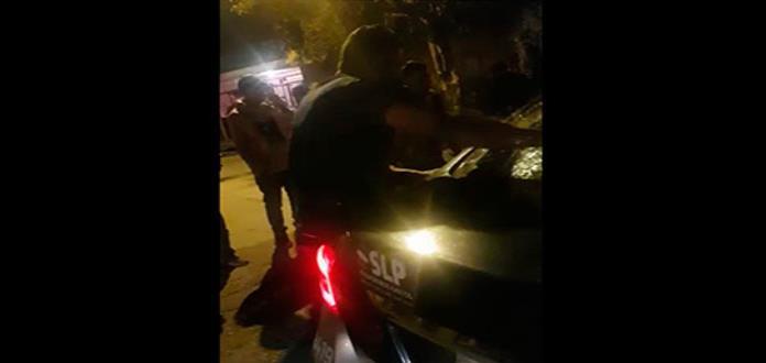 Vecinos de la Santa Fe lapidan patrulla estatal