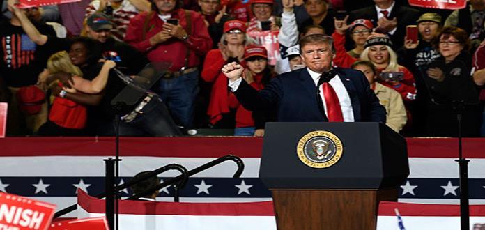 Trump, en duelo de mítines en Texas