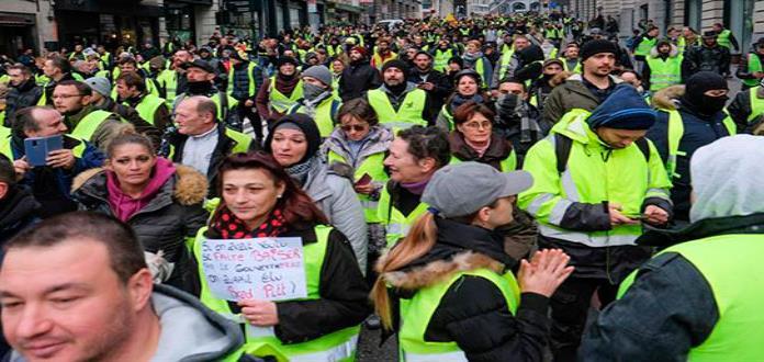 Casi dos mil personas condenadas por disturbios de chalecos amarillos