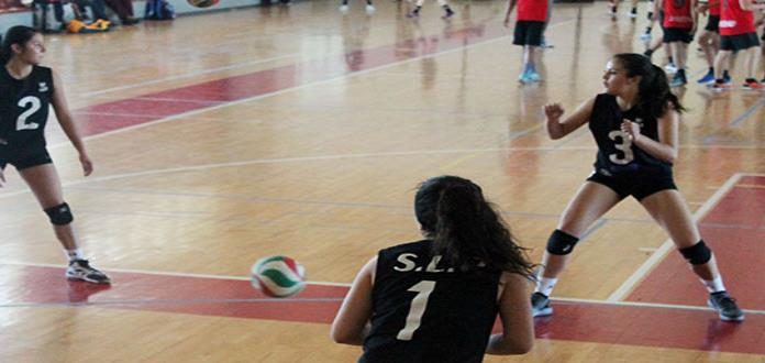 SLP y Matehuala dominaron en voleibol de sala