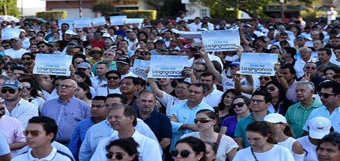 Marchan en Coatzacoalcos contra interminable violencia