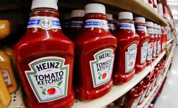 Una escasez de ketchup obliga a Heinz a aumentar la producción un 25%