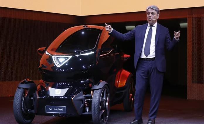 Seat presenta un prototipo de microcoche para la movilidad urbana y conectada