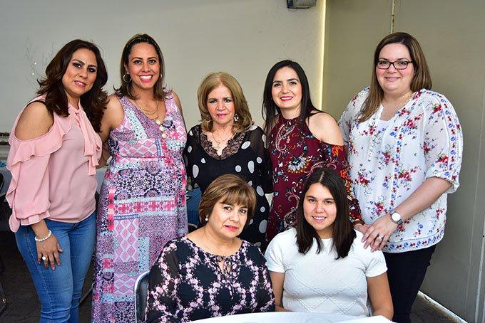 ccc4bb45b8c Samia Cano de Ortiz espera la llegada de su bebé (FOTOGALERÍA)