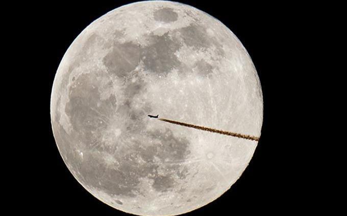NASA muestra batería de larga duración para misiones lunares tripuladas
